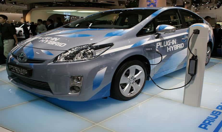 El 37 por ciento de compradores de coches en España prefieren un híbrido