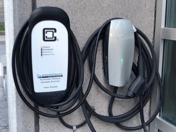Puntos de recarga eléctrica en España