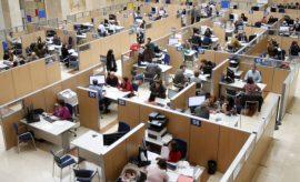 El Gobierno aplicará el alza del salario de empleados públicos desde septiembre