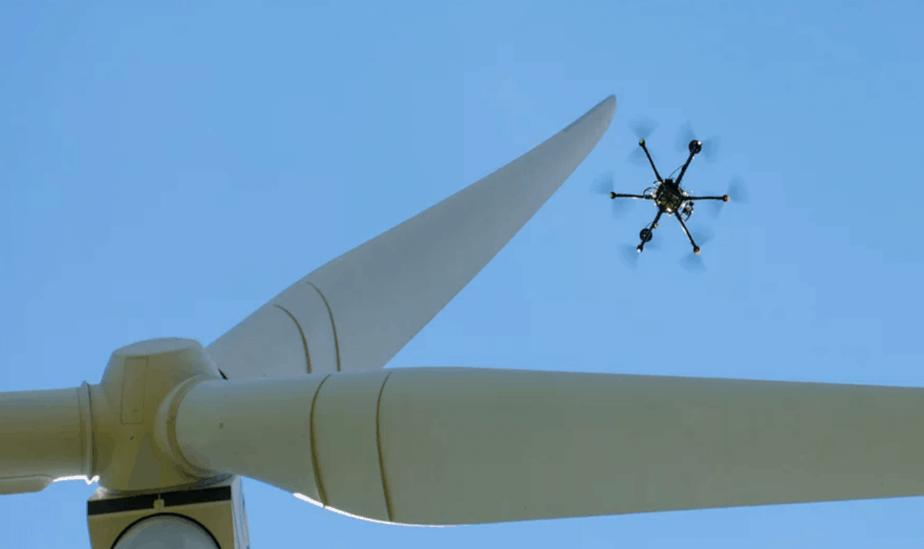 Drones de SkySpecs reducen en 85% tiempo en inspección de aerogeneradores