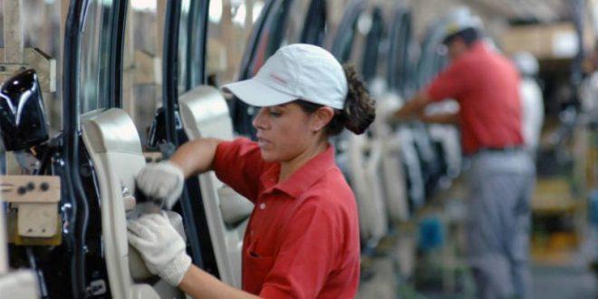 Se desacelera el empleo en EEUU en julio, pero cae la tasa de desempleo