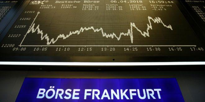 Las Bolsas europeas sucumbieron este lunes a la cautela tras baja de HSBC y BPM