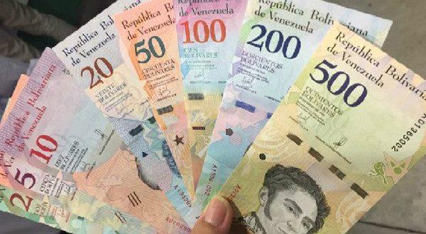 Desde este lunes los venezolanos empezaron a recibir el bolívar soberano, en medio de unas decisiones económicas polémicas aplicadas por el presidente