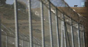 La Guardia Civil detuvo a 10 de los 600 inmigrantes que en julio pasado saltaron la valla fronteriza en Ceuta (Reuters)