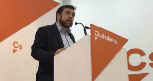 Ciudadanos insiste en que Sánchez ampara a Torra por sus deudas con el independentismo