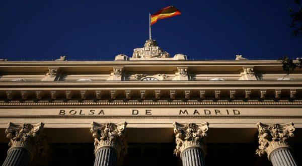 El Ibex-35 de la bolsa española abrió este martes al alza ante un posible alivio de la guerra comercial entre Estados Unidos y China