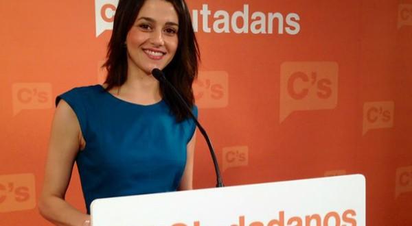 Arrimadas fustigó al gobierno de Sánchez al asegurar que complace a los partidos independentistas