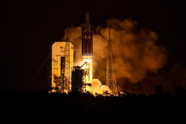 La NASA estudiará el Sol más cerca que nunca tras lanzar la nave Parker Solar Probe