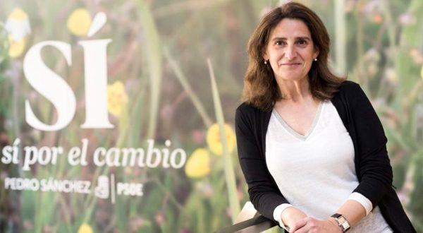 Teresa Ribera aboga por la prohibición de diésel para conseguir una España con cero emisiones en 2050