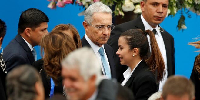 Alvaro-uribe-colombia-balance-gobierno