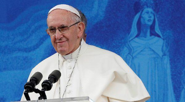arzobispo Carlo María Vigano
