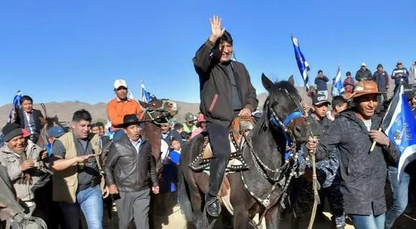 El primer presidente nativo de Bolivia se ganó el rechazo de distintas agrupaciones políticas indigenas en los últimos años