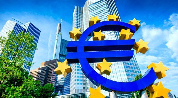 La inflación de la zona euro alcanzó el 2,1% interanual, cifra ligeramente superior a las previsiones del Banco Central Europeo.