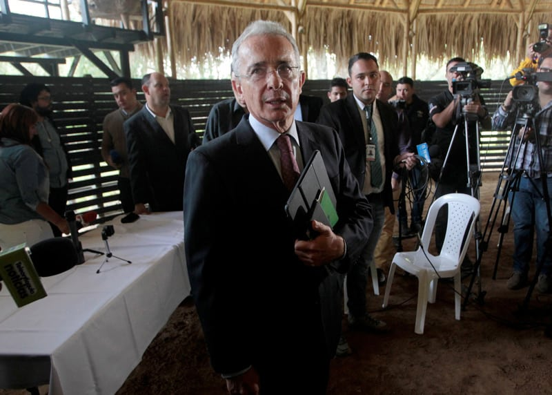 nuevo testigo que favorece la defensa de Álvaro Uribe