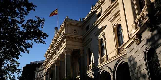 En la imagen de archivo, el edificio de la bolsa de Madrid. REUTERS/Juan Medina