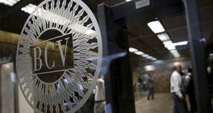 Banco Central de Venezuela despenaliza el uso de divisas en el país/Reuters