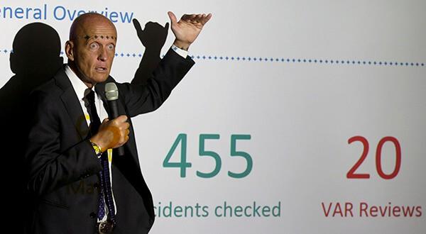 Para el exárbitro Pierluigi Collina, el VAR logró reducir el margen de error de los árbitros/Reuters