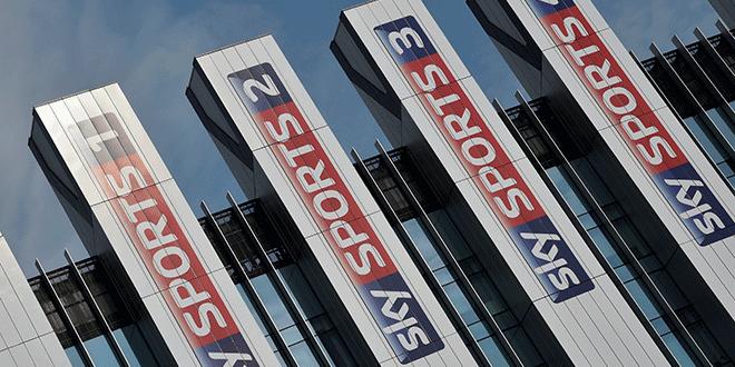 En la imagen de archivo, logos de Sky Sports en la sede de la empresa en Londres. REUTERS/Toby Melville
