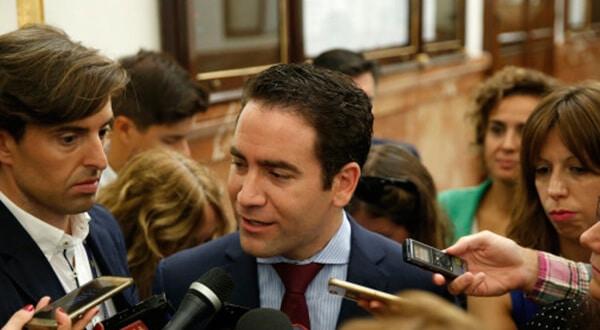 García Egea: Sabíamos que Pablo Casado era una persona honesta/Reuters