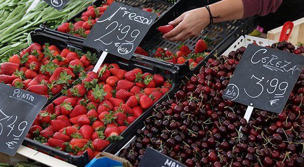 La inflación anual en España se ubicó en 2,2 por ciento y la de septiembre en un 0,2 por ciento, según el Instituto Nacional de Estadística/Reuters