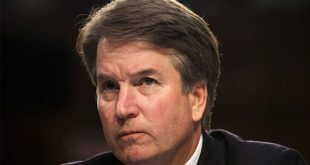 Las posibilidades de que el juez Brett Kavanaugh alcance el puesto vitalicio en el Tribunal Supremo de Estados Unidos cada día parecen más cuesta arriba/Reuters