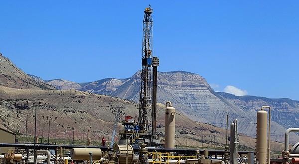 Industria del petróleo y gas opera a sus mejores niveles en 5 años/Reuters
