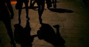 Utilizan en México a los hijos como rehén para obligar al tráfico sexual/Reuters