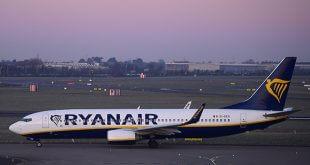Los sindicatos de Ryanair amenazan con extender la protesta al incorporar al personal de tierra/Reuters