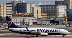 Huelga de la aerolínea Ryanair afectó este viernes a más de 40 mil pasajeros y es la segunda más grande que se ha presentado este año/Reuters
