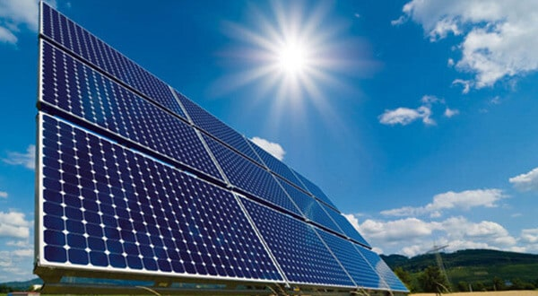 Impuesto al sol será eliminado este año por el gobierno de Sánchez