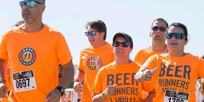 """Imagen de una edición anterior de la carrera de """"Beer Runners""""."""