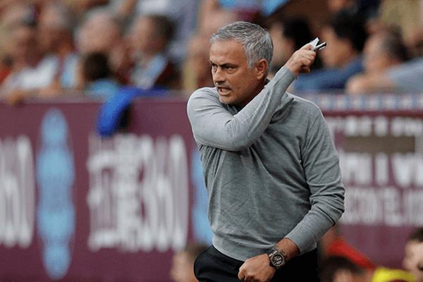 El entrenador del Manchester United, Jose Mourinho, celebra un gol / Reuters