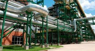 Evo Morales inauguró la planta deshidratadora con la intención de reducir gradualmente la importación de gasolina y diésel