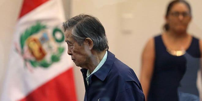 El expresidente peruano Alberto Fujimori asiste a un juicio como testigo, en la base naval de Callao. 15 de marzo de 2018.  REUTERS/Mariana Bazo