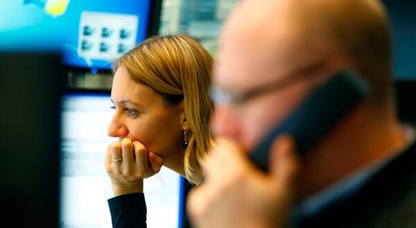 Bolsas europeas subieron apuntaladas por sectores eléctricos y de telecomunicaciones/Reuters