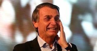 Bolsonaro ganó ampliamente las elecciones en Brasil, pero debe ir a segunda vuelta/Reuters