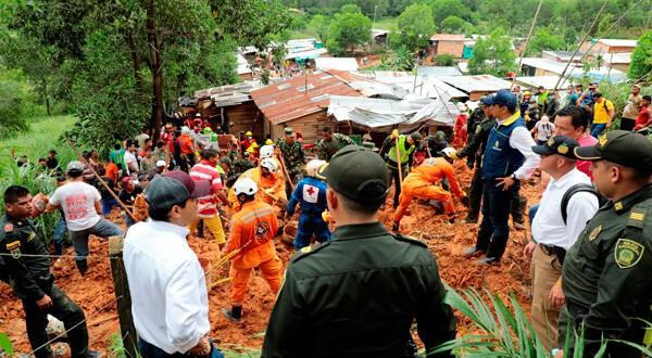 Rescatistas trabajan en el área afectada de Barrancabermeja, Colombia. Gobierno de Santander/vía REUTERS