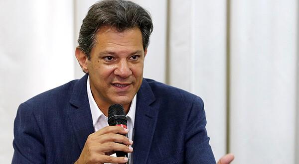 Si quiere revertir su derrota del domingo ante Jair Bolsonaro, el izquierdista Fernando Haddad obligado a distanciarse de su mentor Lula da Silva/Reuters