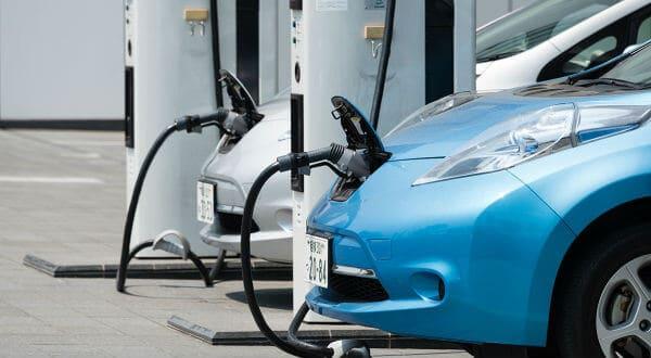 Vehículos nuevos en Noruega deberán ser eléctricos en 2025