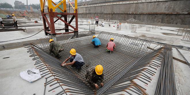 Endeudamiento y guerra comercial desaceleran el crecimiento económico de China