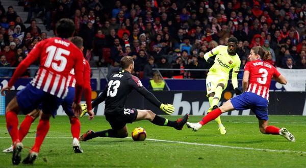 Con su gol de hoy, Dembélé se convierte en el jugador que más puntos ha dado a su equipo (REUTERS)