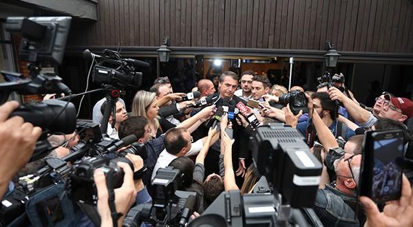 """Presidente electo de Brasil, Jair Bolsonaro, dijo que la prensa que """"miente descaradamente"""", no tendrá """"ningún apoyo del gobierno federal""""/Reuters"""
