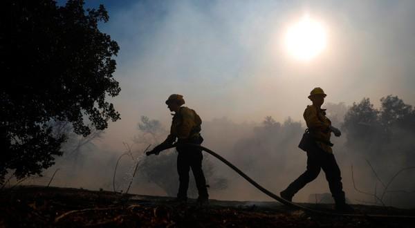 50 muertos en California mientras incendios siguen causando estragos