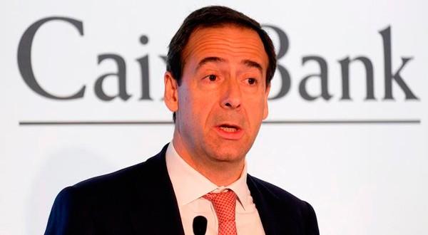 El consejero delegado de Caixabank, Gonzalo Gortázar, durante una rueda de prensa en Valencia, España, el 2 de febrero de 2018. REUTERS/Heino Kalis