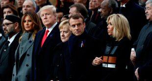 Desde la derecha de la imagen: Brigitte Macron, el presidente francés Emmanuel Macron, la cancillera alemana Angela Merkel, el presidente estadounidense Donald Trump y la primera dama Melania Trump asisten a la ceremonia del centenario del Día del Armisticio en el Arco de Triunfo en París, el 11 de noviembre de 2018. REUTERS/Benoit Tessier/Pool