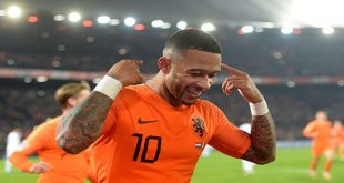 Holanda derrotó a Francia y deja a un paso del descenso a Alemania / REUTERS