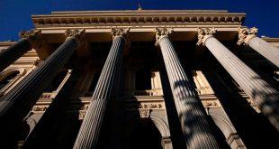 Bolsa española se mantuvo estable en un día difícil para el sector bancario, donde el BBVA tuvo una caída importante del 3,27 por ciento/Reuters