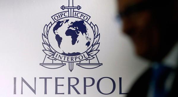 En la imagen, el logo de Interpol en Singapur, 30 de septiembre de 2014. REUTERS/Edgar Su