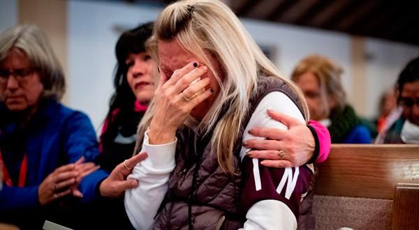 Incendios en California dejan 77 muertos y casi 1.000 desaparecidos
