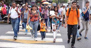 Economía venezolana se contrajo en 16,6 por ciento en 2017. Se trataría de la mayor contracción mundial el pasado año/Reuters